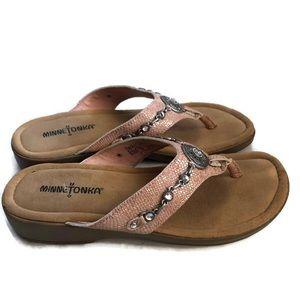 Minnetonka Thong Sandals Leather Metal Adornments
